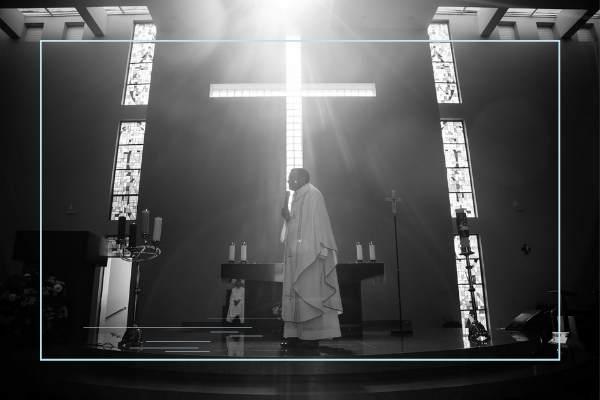 La iglesia y la religión.